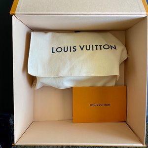 Louis Vuitton Bags - Louis Vuitton Escale Pochette Cosmetique